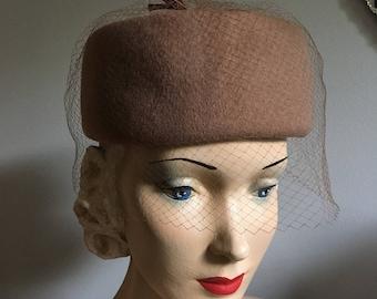 Vintage 1960s Mocha Brown Wool Pillbox Net Veil Hat with Matte Satin Bows
