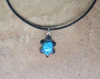 Zuni Fetish style Turquoise Turtle pendant on leather cord Necklace