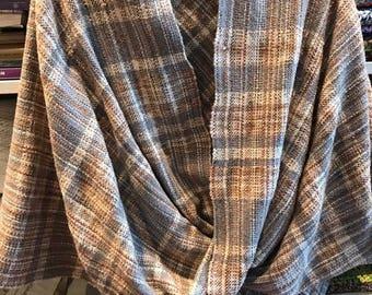 Möbius shawl