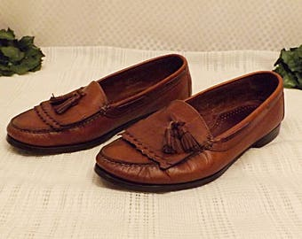 Vintage G H Bass Mens Natural Leather Tassel Loafers Size 11 .5