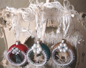 Vintage style Christmas bulb diorama ornaments glass ball ornaments woodland Christmas ornaments home decor bottle brush tree deer and lamb