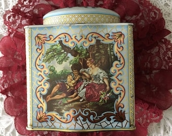 Memorial Day Vintage Tea Tin with Lid