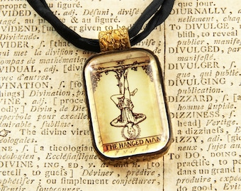The Hanged Man - Tarot - Divination - Fortune Telling - Pendant Necklace
