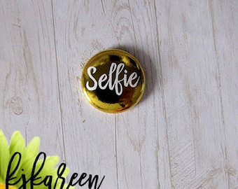 "Badge 1 ""- Selfie metallic gold"
