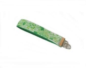 Floral Keychain, Green Key Fob, Handmade Key Chain, Flowers, Wrist Lanyard, Key Lanyard, Fabric Key Holder, Cloth Key Ring