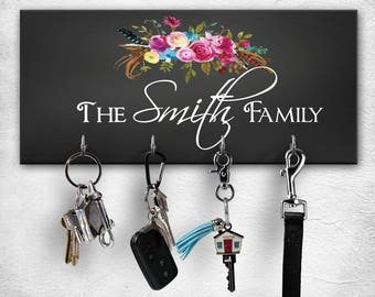 Personalized key holder //  Personalized key hanger // wall key rack // Housewarming gift // Wedding gift // realtors // anniversary gift