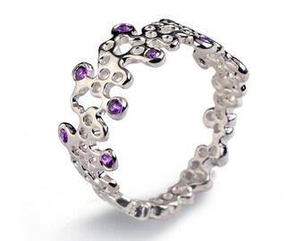 LACE Ring, 14K White Gold Amethyst Wedding Band, White Gold Amethyst Ring, Dainty Gold Ring, Purple Amethyst Band