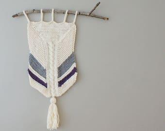 "DIY Knitting PATTERN - Chevron Wall Hanging  Size: 11"" x 29"" (2015015)"