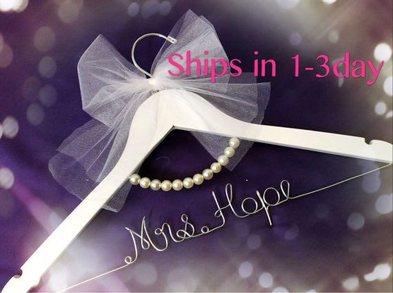 Opening Wedding Gifts: Grand Opening L-Wedding Gift Wedding Hanger Bridal Shower
