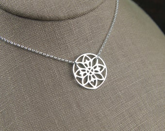 Mandala pendant necklace in sterling silver, geometric, mystical, bohemian, mandalla, yoga inspired, flower