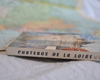 "Block of vintage Postcards ""Chateaux de la Loire"""