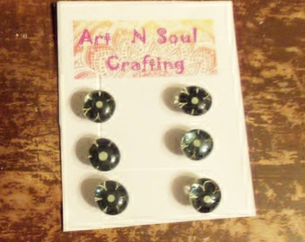 Black and White Flower Gem Magnets