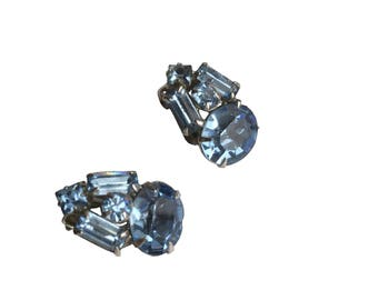 """Amazing Vintage 3/4"""" Silver Tone Prong Set Blue Rhinestone Clip On Earrings, Mother's day gift, gift for her"""