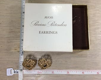 Vintage Avon Gold Toned Precious Pretenders Clip On Earrings In Box Used