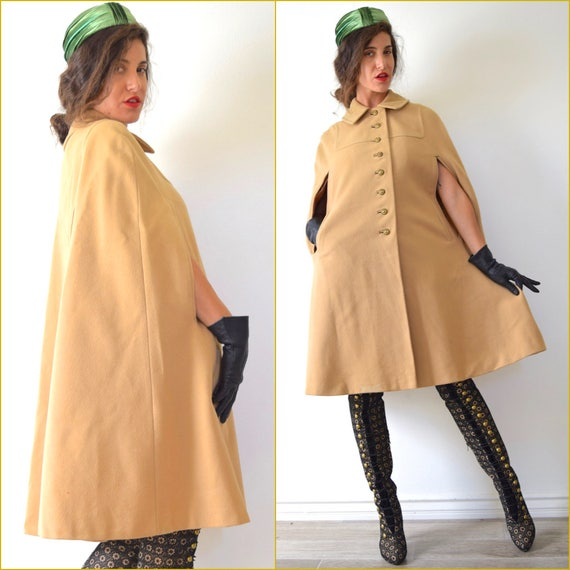 Vintage 60s Camel Collared Cape with Pockets and Gold Tone Buttons