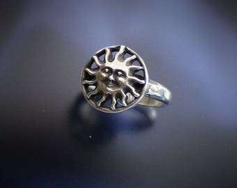 Sunshine Face Ring Sterling Silver