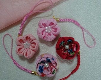"Handmade Japanese Traditional ""Tsumamizaiku"" ornaments"