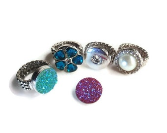 2 Adjustable Stretch Alloy Snap Ring Component, Jewelry making supplies, Platinum color, Noosa style