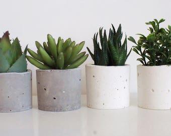 Set of 6 /Concrete Tea Light Candle Air Plant Holder/Concrete Planters/ Succulent Planters/ Home decor/ White Concrete/ Gray Concrete/Gift