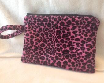 Wristlet/clutch - Pink leopard