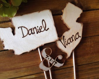 CUSTOM Wedding Cake Toppers USA States Rustic Personalized with YOUR Names Long Distance Transplants 3-pc Set Vintage Travel Country Texas