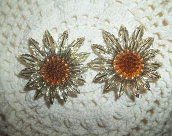 """Gorgeous """"Star Burst' Clip-On Amber Cabochons Earrings From Sarah Coventry"""