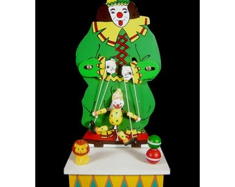 Wood 1970s Vintage Clown Music Box - Motion Puppeteer for Childs Room -  I'd Like To Teach The World To Sing