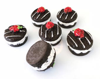 13x17mm.Miniature Cabochon Doughnuts,Miniature Chocolate Cake,Miniature Cake Cabochon,Resin,Miniature Sweet,Miniature Strawberry