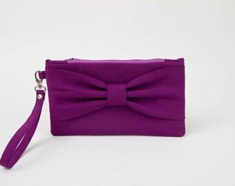 Sale   -Bridesmaid clutche ,Bow wristlet clutch,bridesmaid gift ,wedding gift , Violet,purple