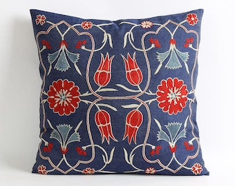 Decorative suzani pillow cover 18x18 embroidery throw pillow, accent pillow, navy blue pillow
