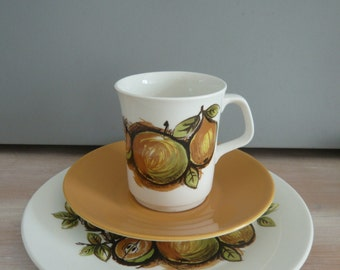 J & G Meakin Eden Pattern Trio of Tea / Coffee Cup, Saucer and Sandwich / Cake Plate Retro Vintage Mid Century 1960's