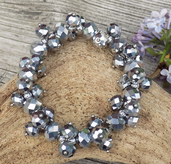 faceted silver beaded womans stretch bracelet