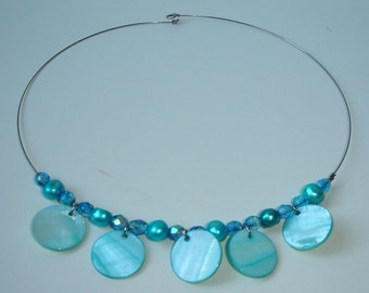Everything Turquoise - choker - mother of pearl discs