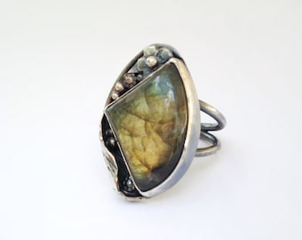 Labradorite Ring, Size 5 3/4 Green Stone and Sterling Silver Artisan Metalsmith Made, Flowers and Leaves Nature Lover Gift for Gardener