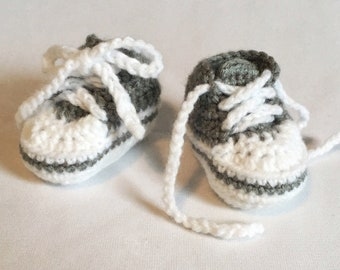 Baby shoes, baby booties, baby high top shoes, crochet sneakers, crib shoes, baby shower gift, baby sneakers, newborn shoes, newborn gift