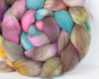 Pressed Flowers 6 oz Merino softest 19.5 micron Roving Top for spinning