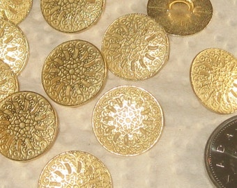 set 14 Pierced gold tone Metal FLOWER fancy vintage new buttons 16mm 5/8""