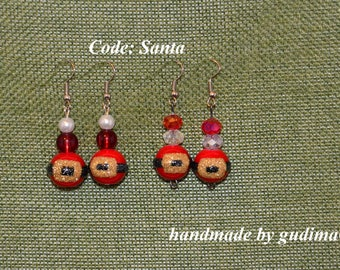 Christmas Earrings  the beads are made of glass handmade by GudimaO Xmas Santa Claus red New Years