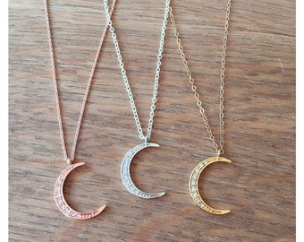 The Silver Crescent Moon Necklace