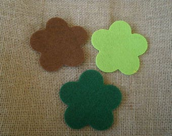 Set of 3 flowers in felt, Brown and green color, size 7.5 cm