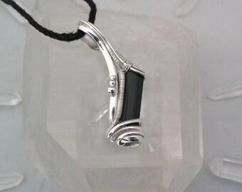 Schwarzer Turmalin Anhänger Draht umwickelt Anhänger Turmalin Draht wickeln berauschenden Wire Wrap Wire Wrap Anhänger Sterlingsilber
