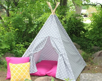 Play Teepee, Gray Polka Dot, Two Sizes Available, READY TO SHIP, Can Include Window, Kids Play Tent, Tee Pee