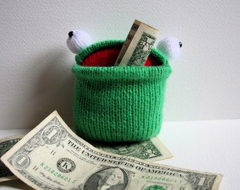 Knit your own pocket frog (pdf knitting pattern)