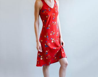 Red Floral Print Knee Length Dress | Sleeveless Dress | S-M