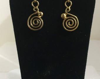 Gold plated brass swirly wire design stud earrings