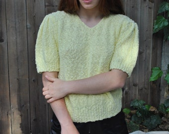 Light yellow popcorn knit // short sleeved pullover + puff sleeve + s + m + l