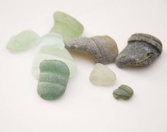 SEAGLASS BOTTLE FRAGMENTS, unusual rare colours, English sea glass, teal, green, blue, collectors glass, beach find, found object curiosity