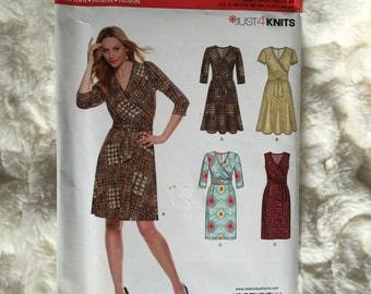 New Look by Simplicity Misses Womens sleeved and sleevless dress Pattern 0597 UC Uncut FF Size 8 10 12 14 16 18 20
