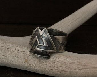Valknut - Viking Ring - Silver Viking Jewelry - Valhalla - Ravens - Huginn and Muninn - Odin - Silver Viking Valknut Ring