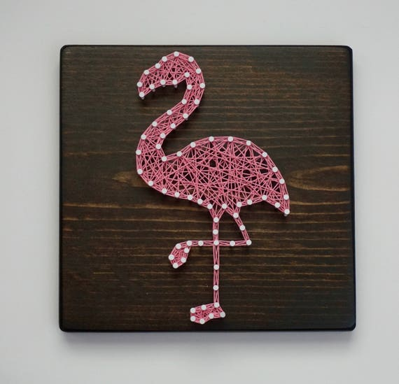 flamant rose string art art mural flamant rose signe de. Black Bedroom Furniture Sets. Home Design Ideas